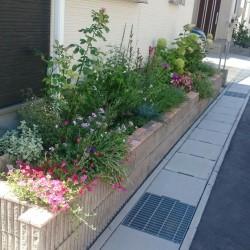 岐阜市A様邸 素敵な花壇